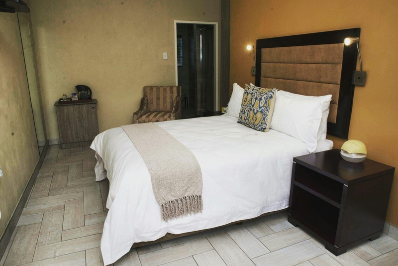 Q 39 s boutique stay accommodation in standerton for Boutique stays accommodation